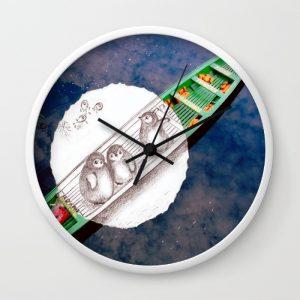 travel-with-penguins-at-amazon-wall-clocks